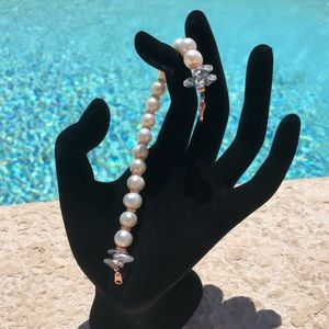 Handmade Swarovski and fresh water pearl bracelet